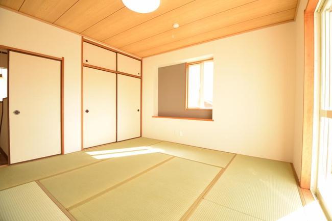 コピー ~ 水巻町緑ヶ丘2F和室.JPG